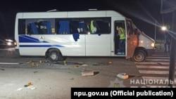 Мікроавтобус, який перевозив представників організації «Патріоти – За життя» та був обстріляний ввечері 27 серпня 2020 року біля міста Люботин на Харківщині