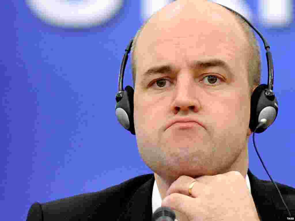 Достали! (Глава шведского правительства во время саммите ЕС в Киев, 04.12.2009).