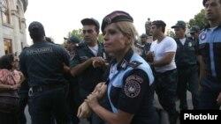 Armenia - Riot police detain a protester in Yerevan's Liberty Square, 18Jul2016.