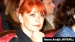 Neda Arnerić, fotoarhiv