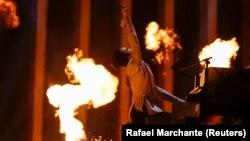 Український співак Melovin під час генеральної репетиції другого півфіналу «Євробачення-2018». Лісабон, Португалія, 9 травня 2018 року
