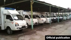 Машины скорой помощи, переданные Кыргызстану Германией.