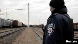 24 листопада спецпотяг з рештками загиблих у «Боїнгу-777» прибув з Донбасу до Харкова