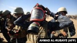 Мосулға жақын әскери базадағы Ирак қауіпсіздік күштері. 16 қазан 2016 жыл.