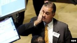رهبران کشورهای اروپايی عضو اتحاديه يورو، روز يکشنبه، به منظور دست يافتن به مشی مشترک برای مقابله با بحران مالی جهان، در پاريس ديدار و گفت و گو می کنند.(عکس: epa)