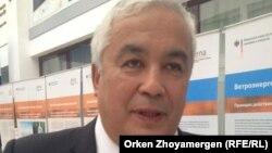 Мұрат Нұрышев, Еуразия Ұлттық университетінің профессоры, биология ғылымдарының докторы. Астана, 10 қыркүйек 2013 жыл.