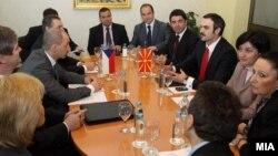 Средба на министерот за економија Ваљон Сарачини и министерот за индустрија и трговија на Чешка Мартин Куба