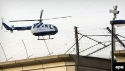 Helikopter u kojem se pretpostavlja da je Radovan Karadžić bio prebačen jutros u Sheveningen, 30. jul2008.