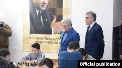 Serzh Sarkisian Şahmat Akademiyasında, 15 yanvar 2017