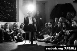 Марына Юрэвіч — адна зь пяці прафэсійных актораў «Свабоднага тэатру»