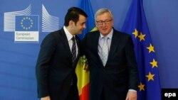 Premierul Chiril Gaburici şi preşedintele Comisiei Europene Jean Claude Juncker, la Bruxelles, 16 martie 2015