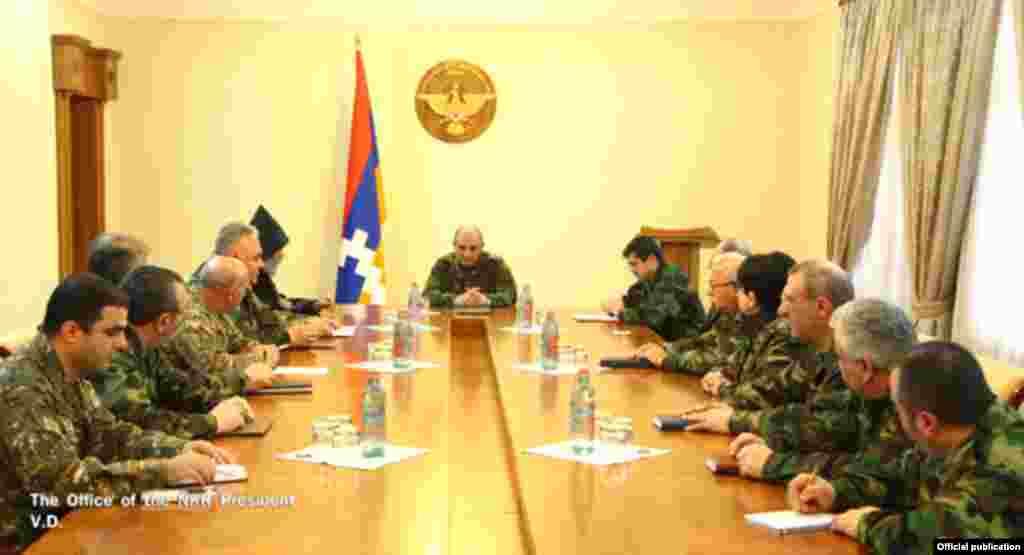 Нарада у президента самопроголошеної Нагірно-Карабахської республіки Бако Саакяна 3 квітня