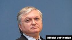 Министр иностранных дел Армении Эдвард Налбанян (архив)