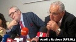 Pedro Agramunt və Joseph Debono Grech