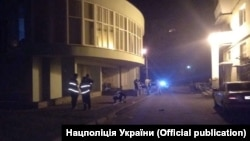 Поліцейські працюють на місці вибуху в Києві, 5 травня 2018 року