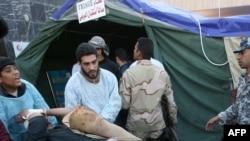 Пострадавших при двух взрывах в Кербеле помещают в медицинскую палатку
