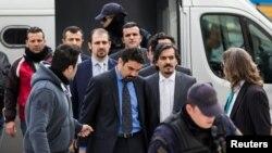 Turski vojnici u Vrhovnom sudu Grčke