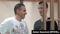 Сенцов и Кольченко в зале суда в Ростове-на-Дону 25 августа