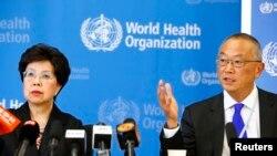 Drejtoresha e OBSH-së, Margaret Chan dhe Keiji Fukuda, zëvendësdrejtor gjeneral i OBSH-së.