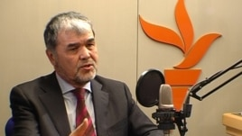RFE/RL/Uzbekistan – A video grab of Uzbek exiled opposition leader Muhammad Salih during an interview at RFE/RL, Prague, 02Dec2008