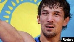 Қазақ палуаны Ақжүрек Таңатаров олимпиаданың қола жүлдесін жеңіп алды. Лондон, 12 тамыз 2012 жыл