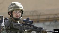 Një ushtar britanik në Afganistan