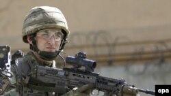 Kabul, NATO-nyň Aýgytly goldaw missiýasynyň esgeri