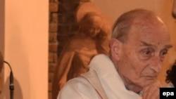 ژاک امیل کشیش کشته شده
