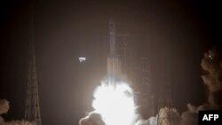 Запуск першого безпілотного вантажного космічного корабля у Китаї, провінція Хайнань, 20 квітня 2017 року