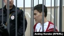 Надежда Савченко в зале суда. Москва, 10 февраля 2015 года.