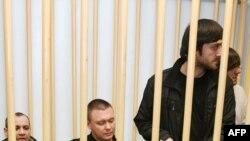 Обвиняемые ожидают вердикта присяжных
