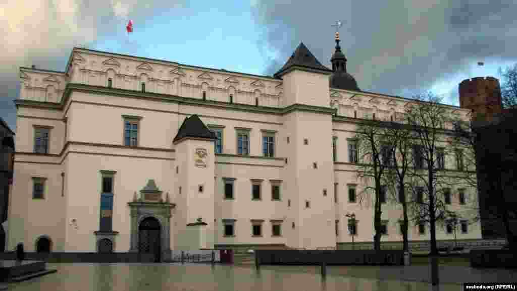 У палацы ўладароў 28 лістапада ўвечары на нефармальную вячэру зьбяруцца прэзыдэнты