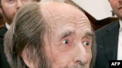 Aleksandr Solzhenitsyn at his home outside Moscow in June 2007