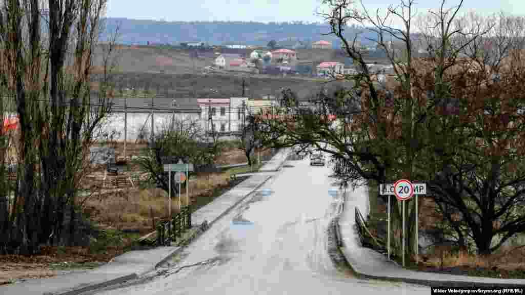 Через село Доброе протекает река Салгир