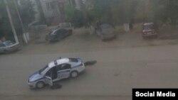 Дар ҳамлаҳо дар шаҳри Оқтеппа дар маҷмӯъ 18 нафар кушта шуданд.