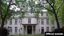 Свидетельством правдивости немецкого народа в отношении своей истории является и музей холокоста в Ванзее