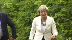 May dhe Corbyn votojnë në zgjedhjet e përgjithshme në Britani
