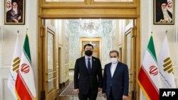 سفر چوی جون کان، معاون وزیر خارجه کره جنوبی به ایران و دیدار با عباس عراقچی، همتای ایرانی خود پس از توقیف کشتی متعلق به این کشور از سوی سپاه پاسداران