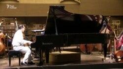 Піаніст із Франції виступає в Харкові для поглиблення українсько-французьких відносин (відео)