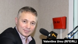 Teo Cârnaț, expert constituțional