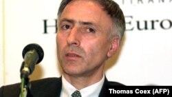 Jakup Krasniqi, fost purtător de cuvânt al Armatei pentru Eliberarea Kosovoului (KLA) și, mai apoi, președintele parlamentului