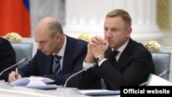 Anton Siluanov və Dmitry Livanov