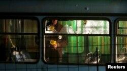 Sarayevoda hücuma məruz qalmış avtobus
