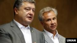 П'ять агрокомпаній Косюка витратили на це 600 тисяч доларів у 2017-2018 роках, пише Kyiv Post
