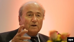 بلاتر:ما با فدراسيون فوتبال ايران به توافق رسيديم. به همين دليل ايران می تواند در مراسم قرعه کشی جام ملت های آسيا شرکت کند.