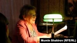 Мариэтта Чудакова выступает с лекцией в музее Михаила Булгакова