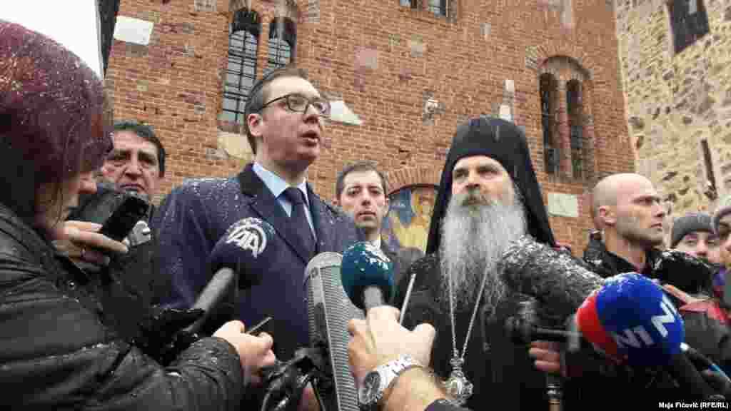 Nga Manastiri i Banjskës, presidenti Vuçiq ka porositur se Serbia do të japë gjithçka nga vetja për ta ruajtur paqen.