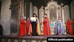 Ermenistanyň Eçmiadzin baş ybadathanasy, Ýerewan
