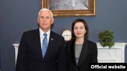 Premierul Maia Sandu și vicepreședintele american Mike Pence la Casa Albă, Washington