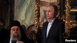 Владимир Путин и трон императоров